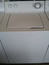 LIKE NEW GE TOP LOAD WASHER 26 CYCLES 5 SPEED WARRANTY/DELIVERY/INSTAL in Fairfax, Virginia